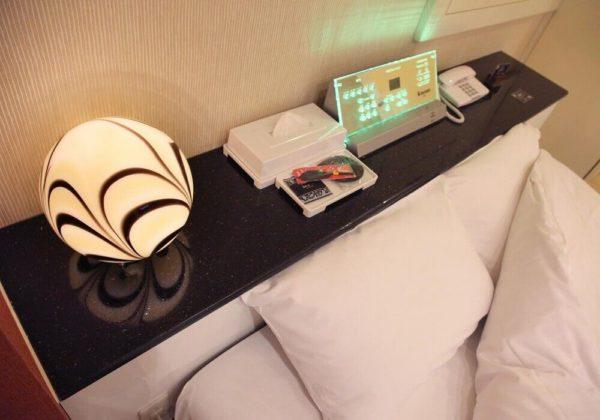 東松山ラブホテル バリタイ 101号室 ベッドパネル