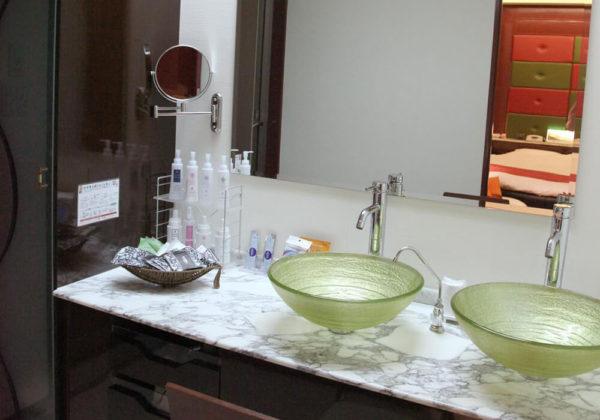 東松山ラブホテル バリタイ 205号室 洗面所