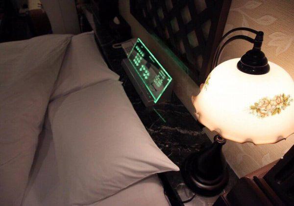 東松山ラブホテル バリタイ 207号室 ベッドパネル