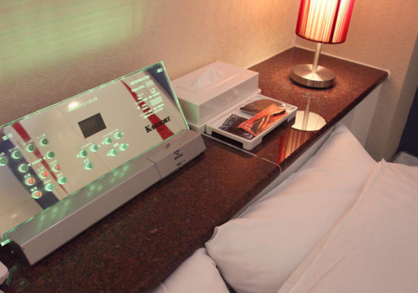 東松山ラブホテル バリタイ 210号室 ベッドパネル