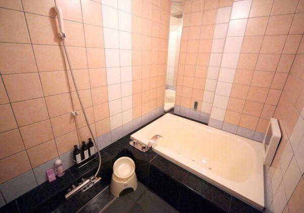 東松山ラブホテル バリタイ 212号室 お風呂